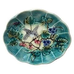 Small French Majolica Dish with Bird Onnaing, circa 1890
