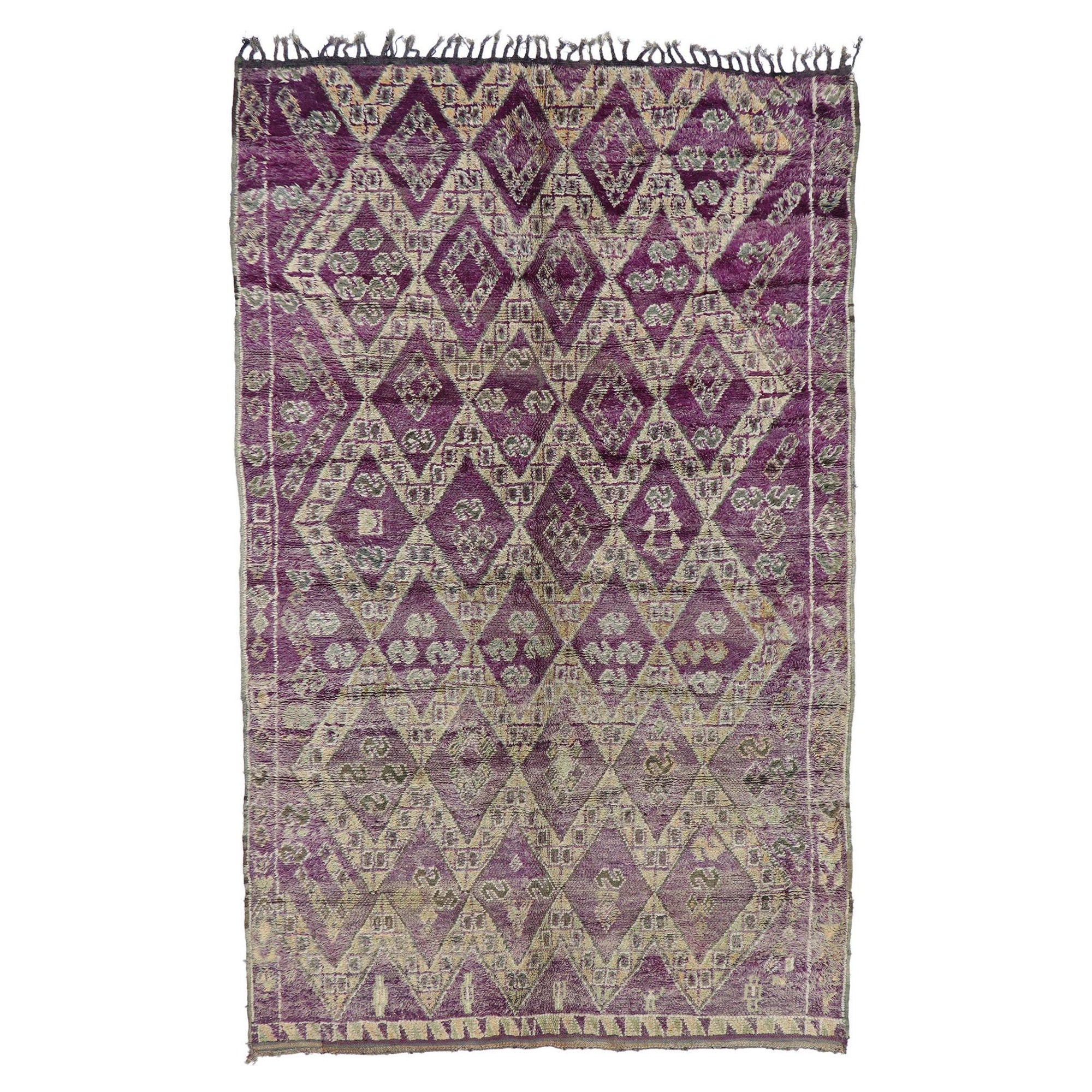 Vintage Berber Boujad Moroccan Rug with Bohemian Style