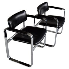 Mid-Century Modern Pair of Polished Aluminium and Black Leather Armchairs