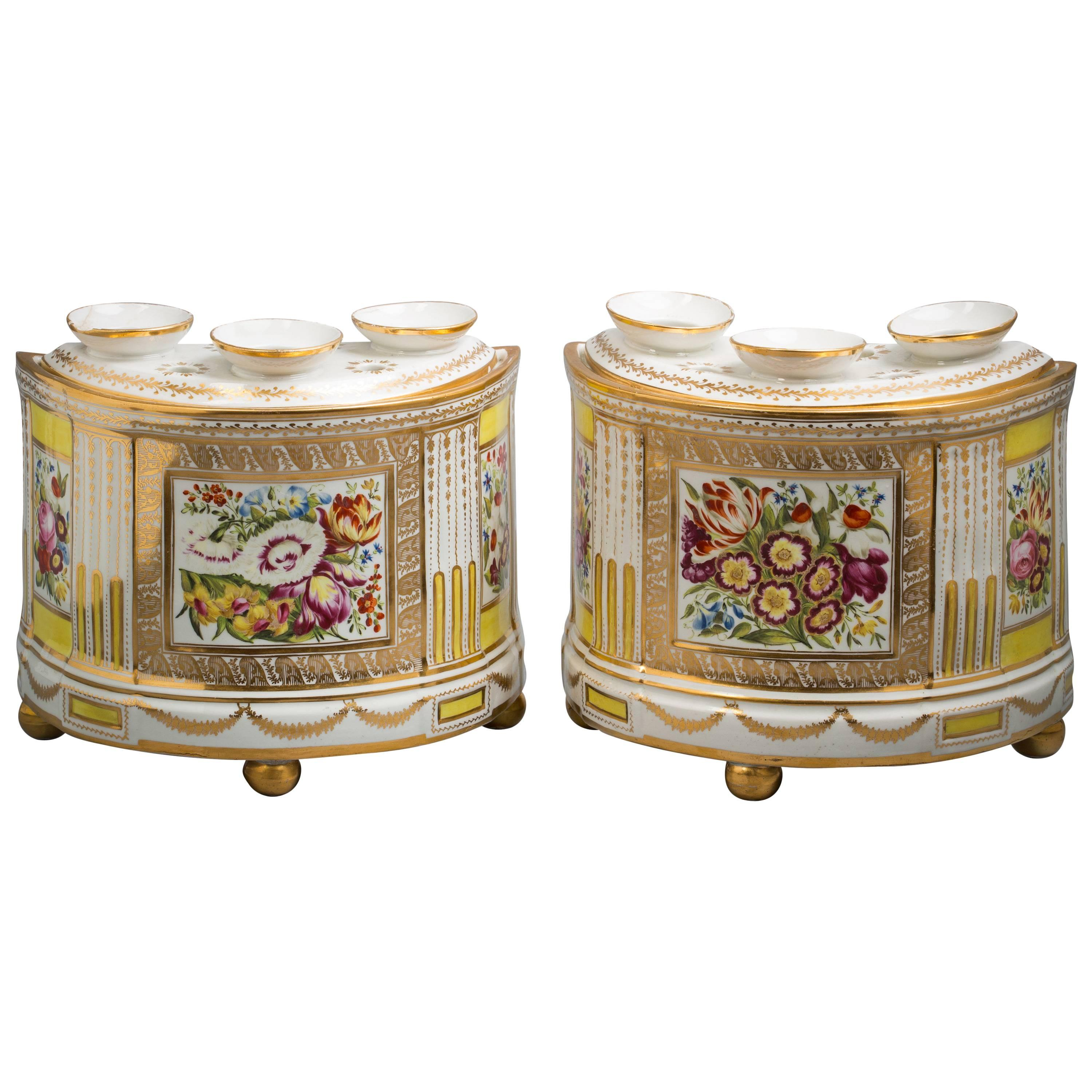 Pair of English Porcelain Demilune Boughpots and Covers, Coalport, circa 1820