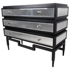 Stylish Modern Three-Drawer Dresser with Mirror Finish