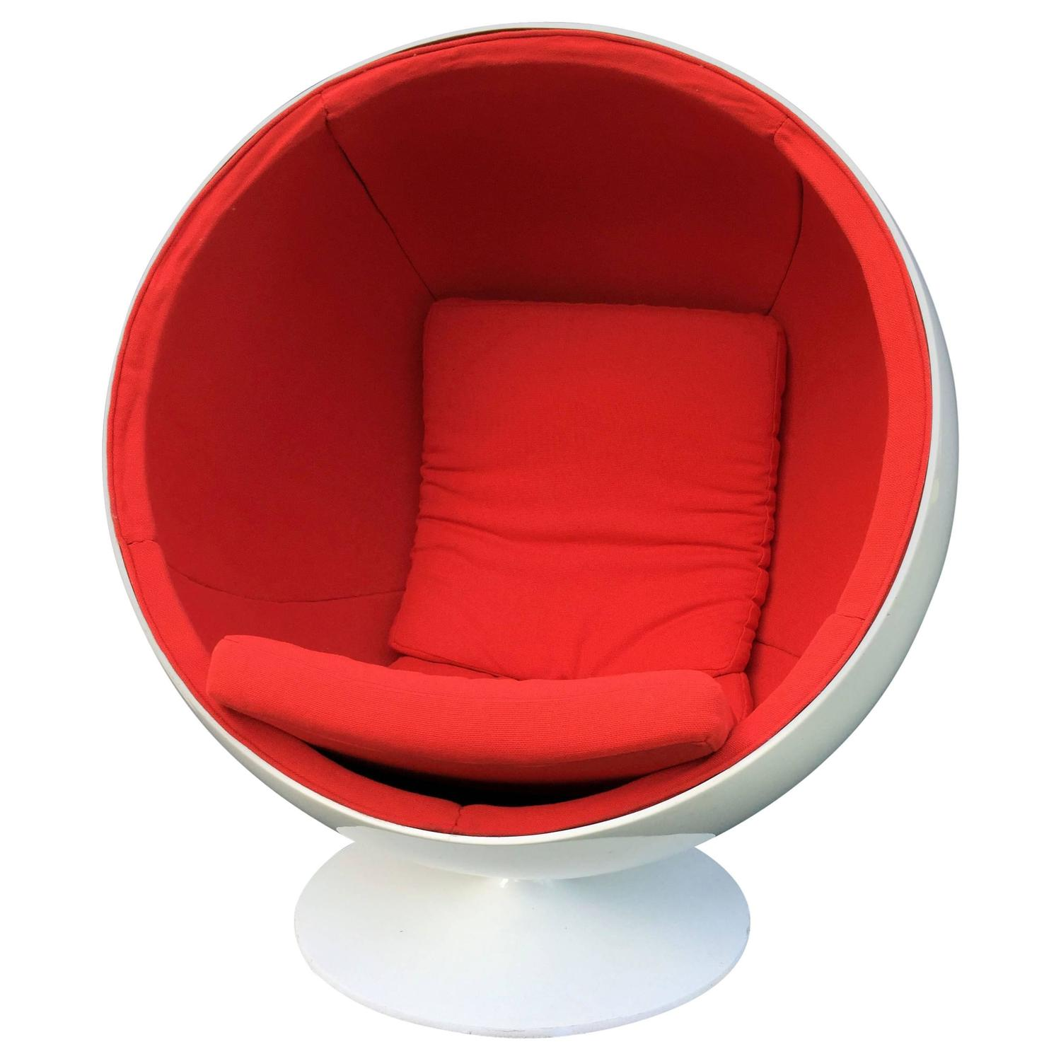 Ball or globe chair by eero aarnio for asko at 1stdibs - Ball chair by eero aarnio ...