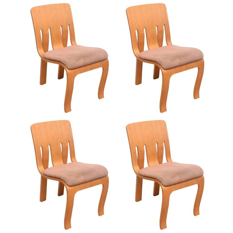 Charmant Rare Set Of Thonet Bent Plywood Chairs For Sale