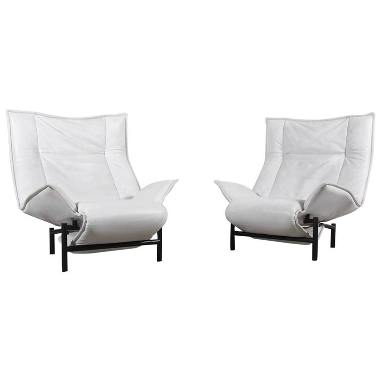 "Vico Magistretti Pair of ""Veranda"" Lounge Chairs for Cassina, 1983"