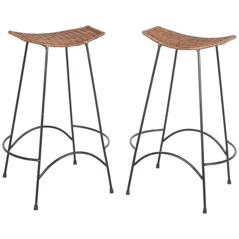 Pair of Bar Stools in the style of Arthur Umanoff
