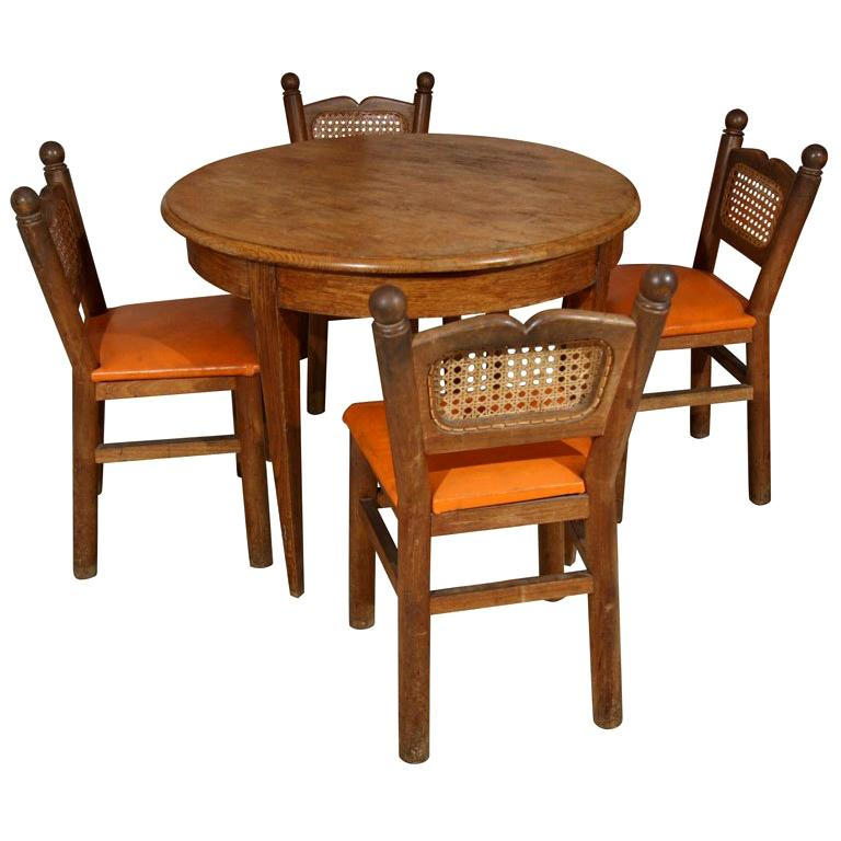 "French ""Goldilocks"" Table and Chairs For Sale"