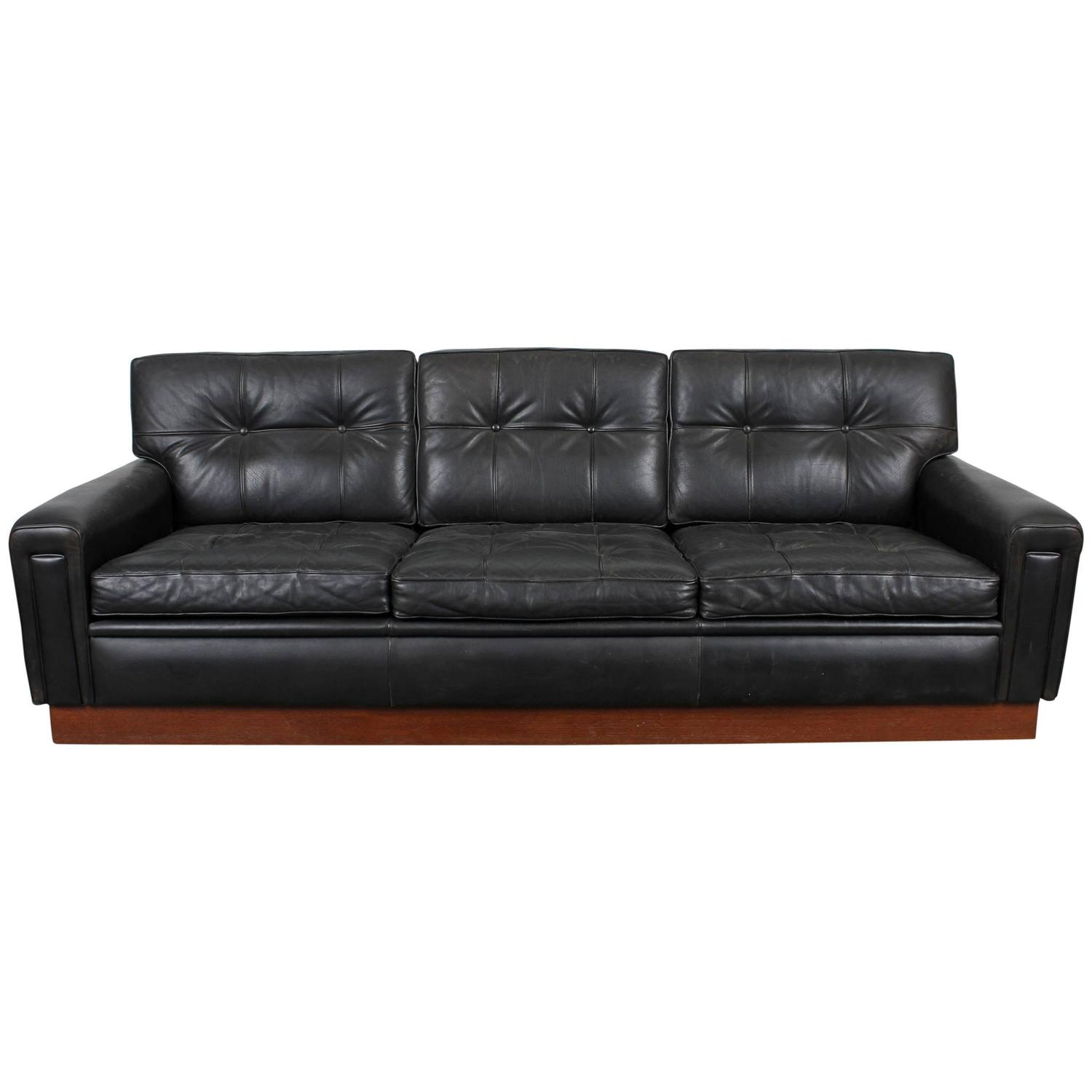 Mid century modern black leather sofa by arne norell at for Mid century modern leather sofa