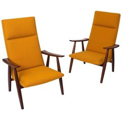 Hans Wegner 260A Lounge Chairs