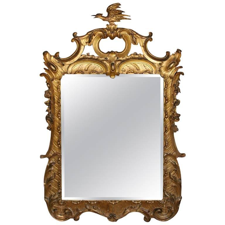 18th Century Carved Chinoiserie-Style Wall Mirror For Sale