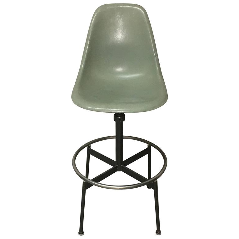 Herman Miller Eames Drafting Stool For Sale  sc 1 st  1stDibs & Herman Miller Eames Drafting Stool at 1stdibs