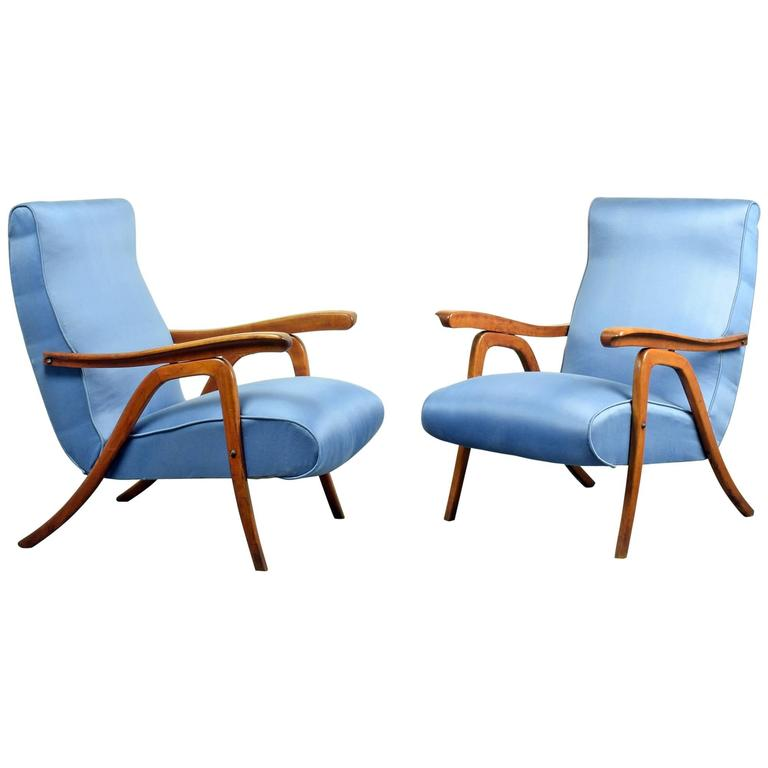 School of Carlo Mollino, Pair of Reclining Armchairs, circa 1955 For Sale