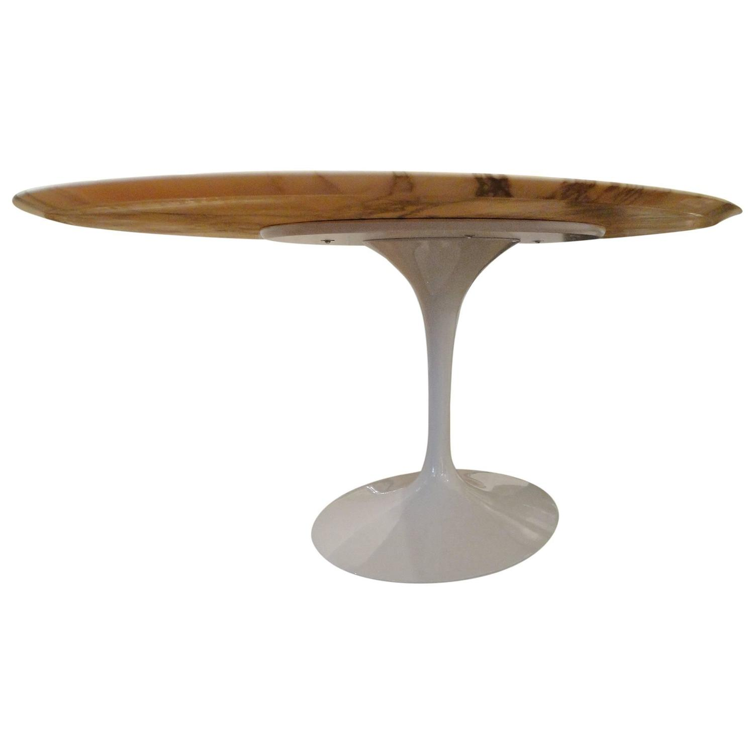 Eero saarinen marble calacatta top oval dining table for Oval dining table