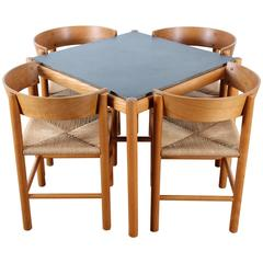 Set of Dining Table and Four Chairs, Model FH4216 & FH4226