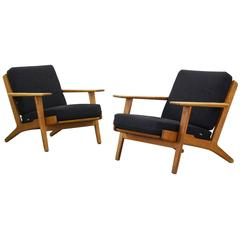 Lounge Easy Chairs by Hans J. Wegner for GETAMA GE 290