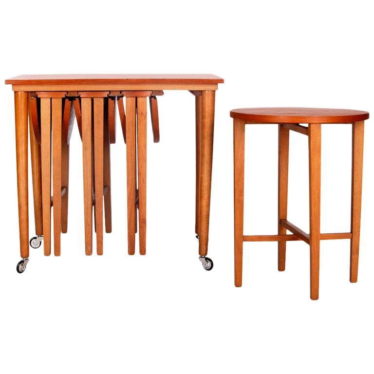 Set Of Five Mid Century Nesting Tables, Designed By Poul Hundevad In The  1960s