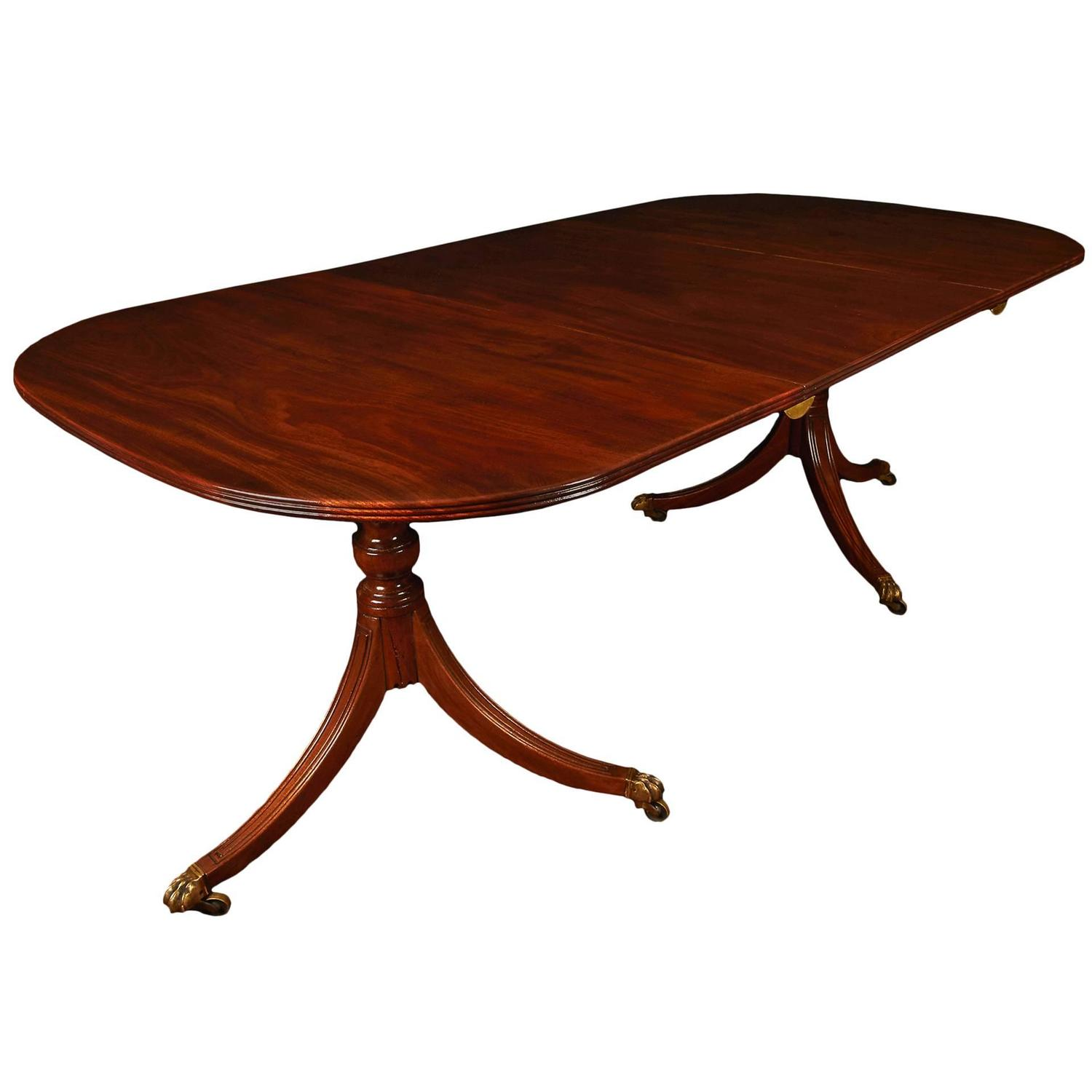Small georgian mahogany two pedestal dining table at 1stdibs for Low dining table