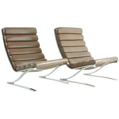 Design Institute of America Pair of Modern Lounge Chairs