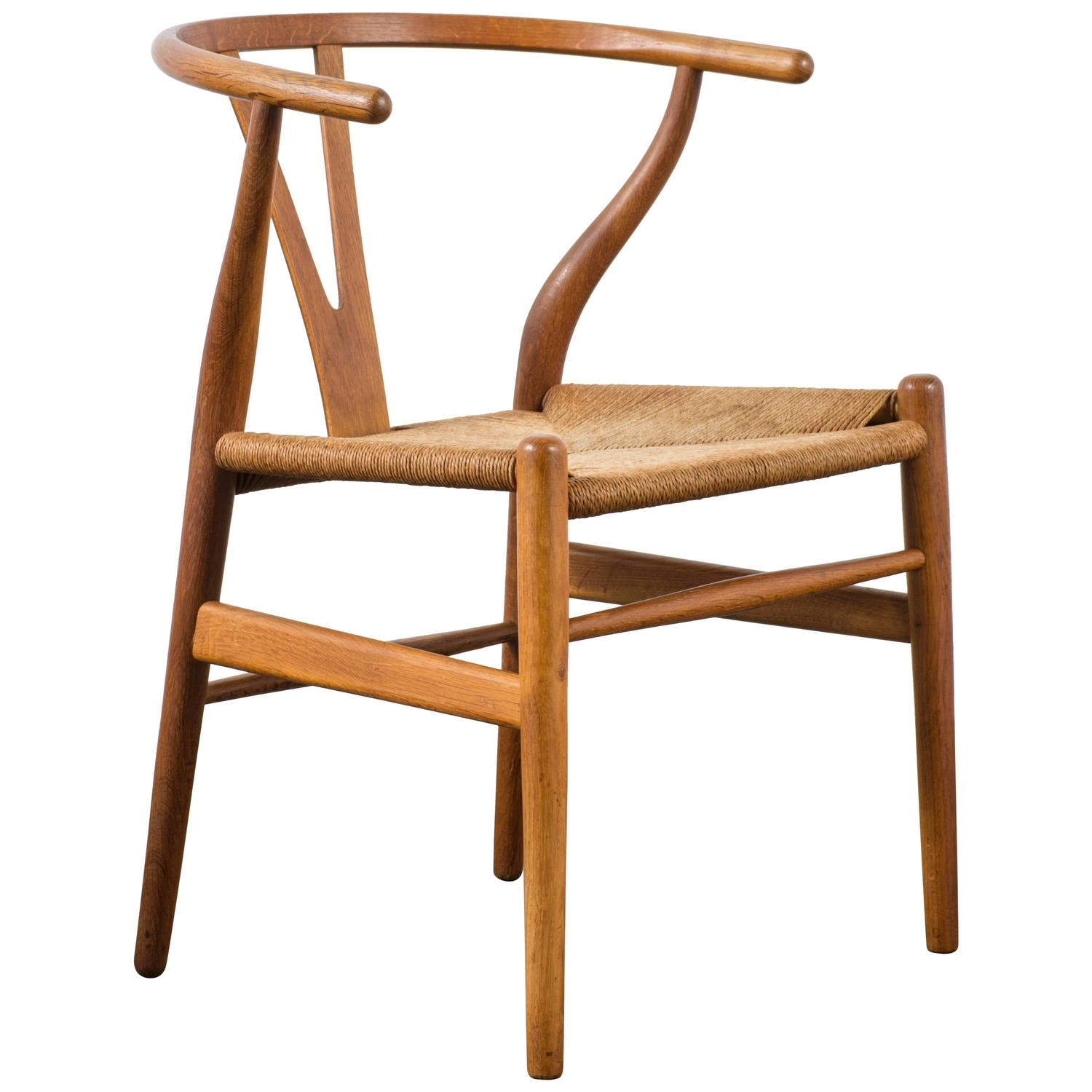 early vintage mid century wishbone chair by hans wegner at 1stdibs. Black Bedroom Furniture Sets. Home Design Ideas
