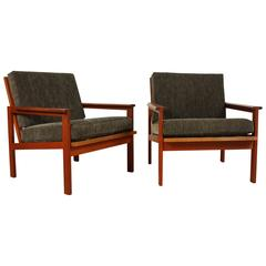 Pair of Danish Lounge Chairs by Illum Wikkelsø