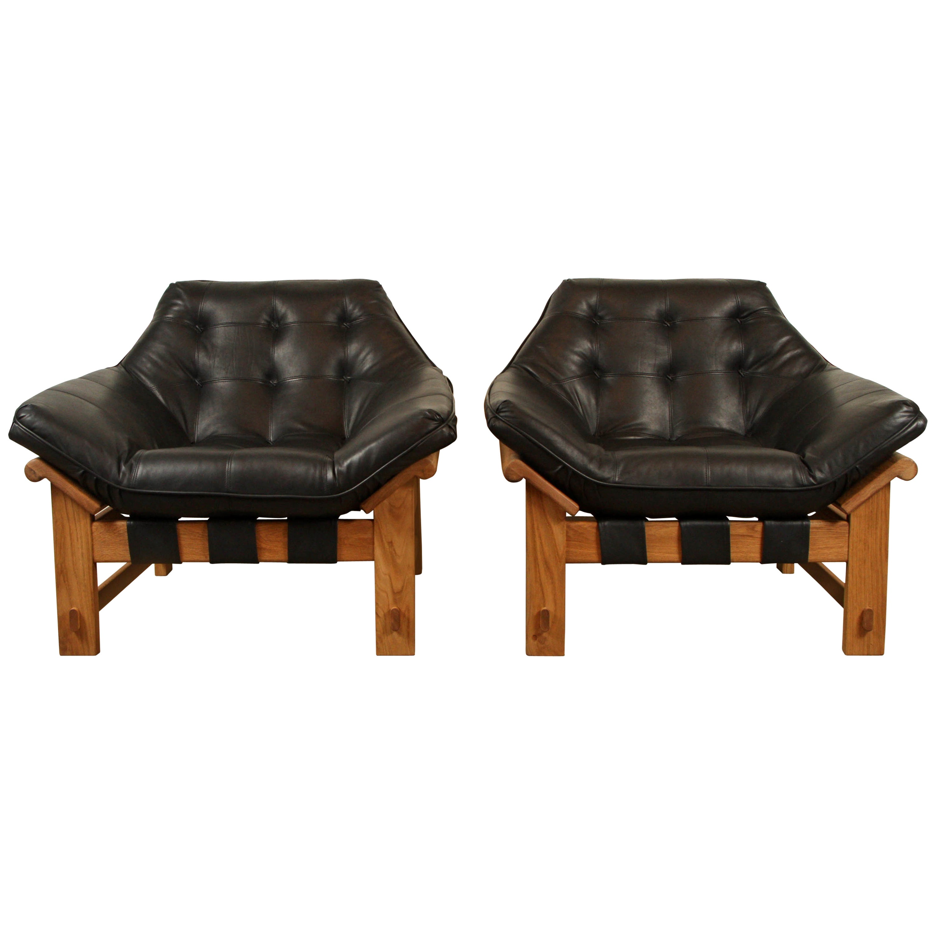 Pair of Ojai Lounge Chairs by Lawson-Fenning