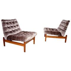 Stunning Pair of Jens Risom Biscuit Tufted Slipper Chairs