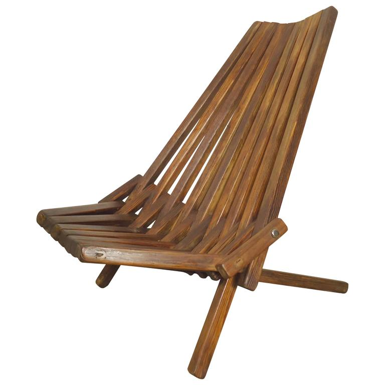 Mid Century Chairs For Sale: Attractive Mid-Century Folding Slat Chair For Sale At 1stdibs