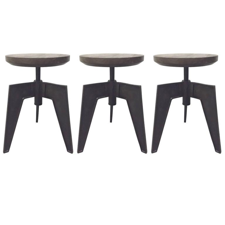 Set of Three Industrial Swivel Stools at 1stdibs : 3960343l from www.1stdibs.com size 768 x 768 jpeg 20kB