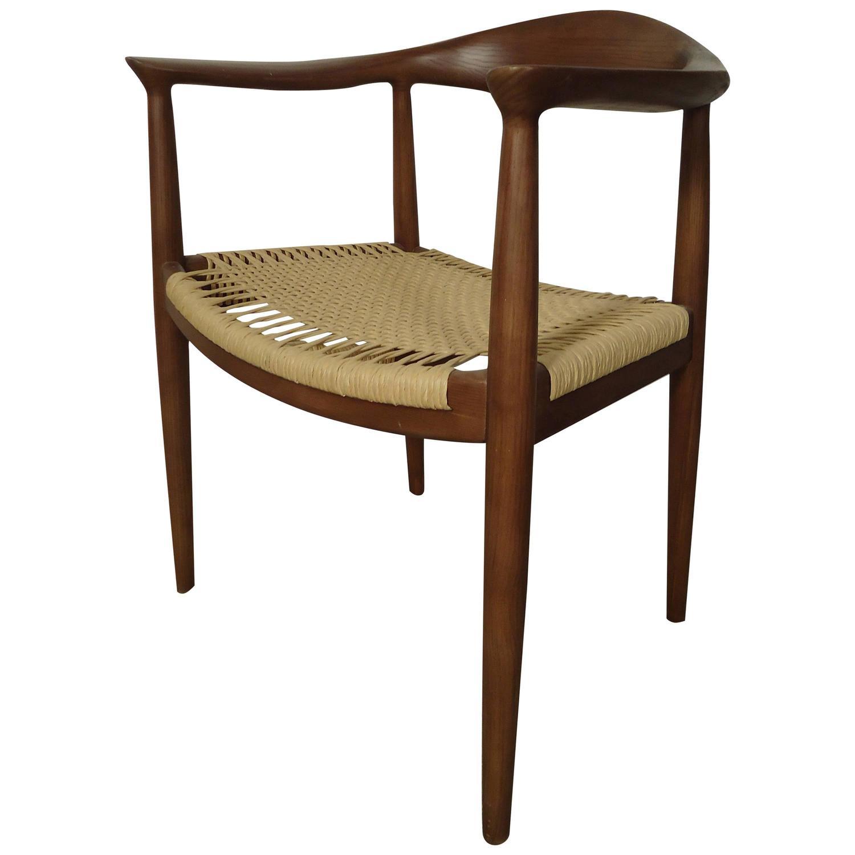 Mid century hans wegner style chair at 1stdibs - Hans wegner style chair ...