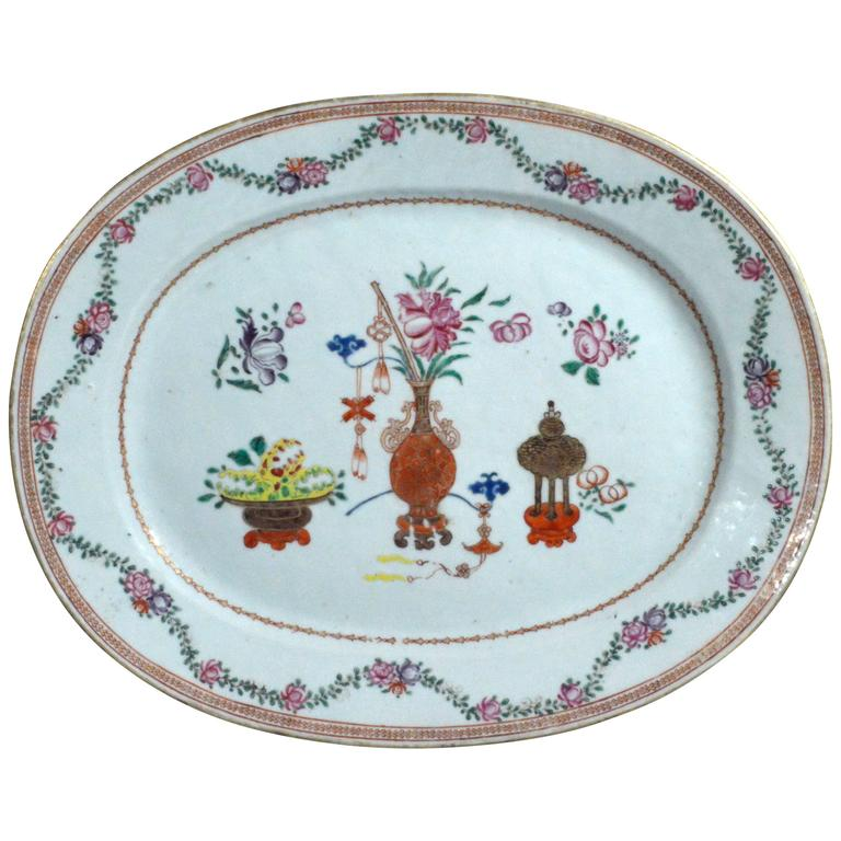 Chinese Export Oval Porcelain Dish of Large size.