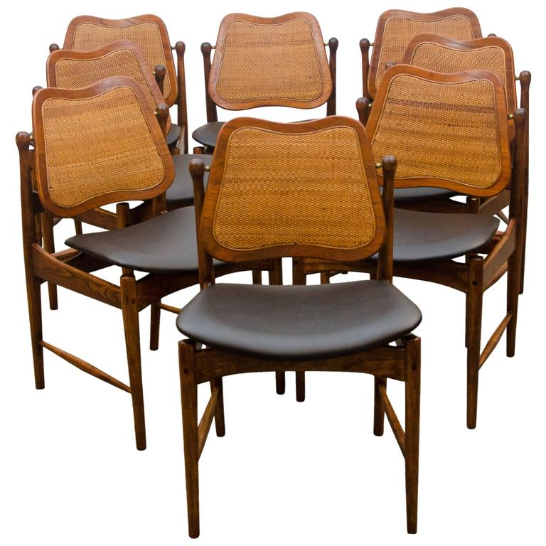 Set of eight danish swivel back dining chairs arne vodder for Swivel dining room chairs