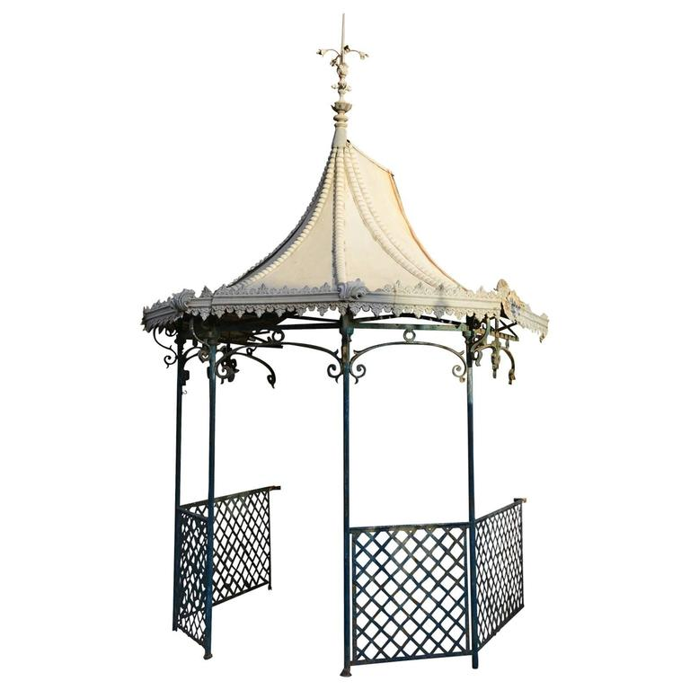 Napoleon III Iron and Zinc Summer House, 19th Century For Sale