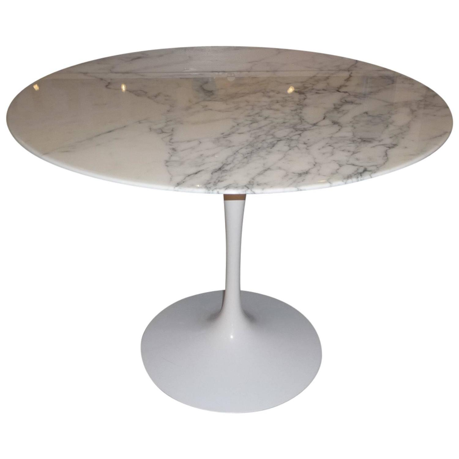 Dining table eero saarinen tulip top arabescato marble at for Tulip dining table