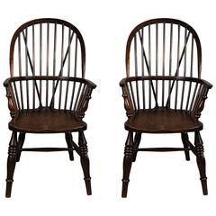 Pair of English 19th Century Windsor Armchairs