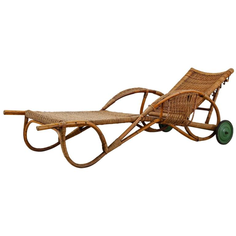 Adjustable bamboo and rattan garden chaise with wheels for 1930s chaise lounge