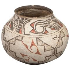 Southwestern Native American Polychrome Pottery Olla, Zuni Pueblo, circa 1900