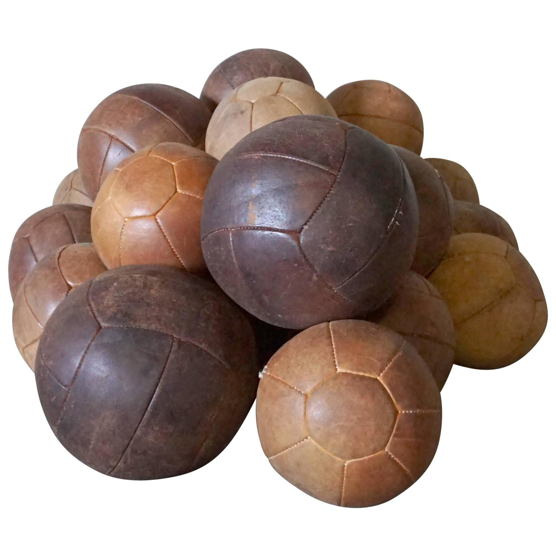 Lot Of 25 Vintage Leather Medicine Balls Ball At 1stdibs