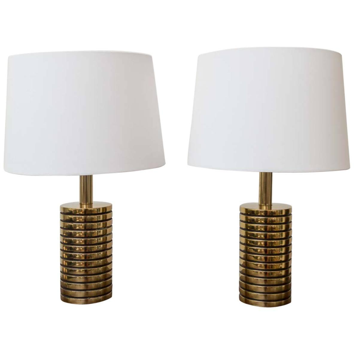 pair of brass table lamps at 1stdibs. Black Bedroom Furniture Sets. Home Design Ideas