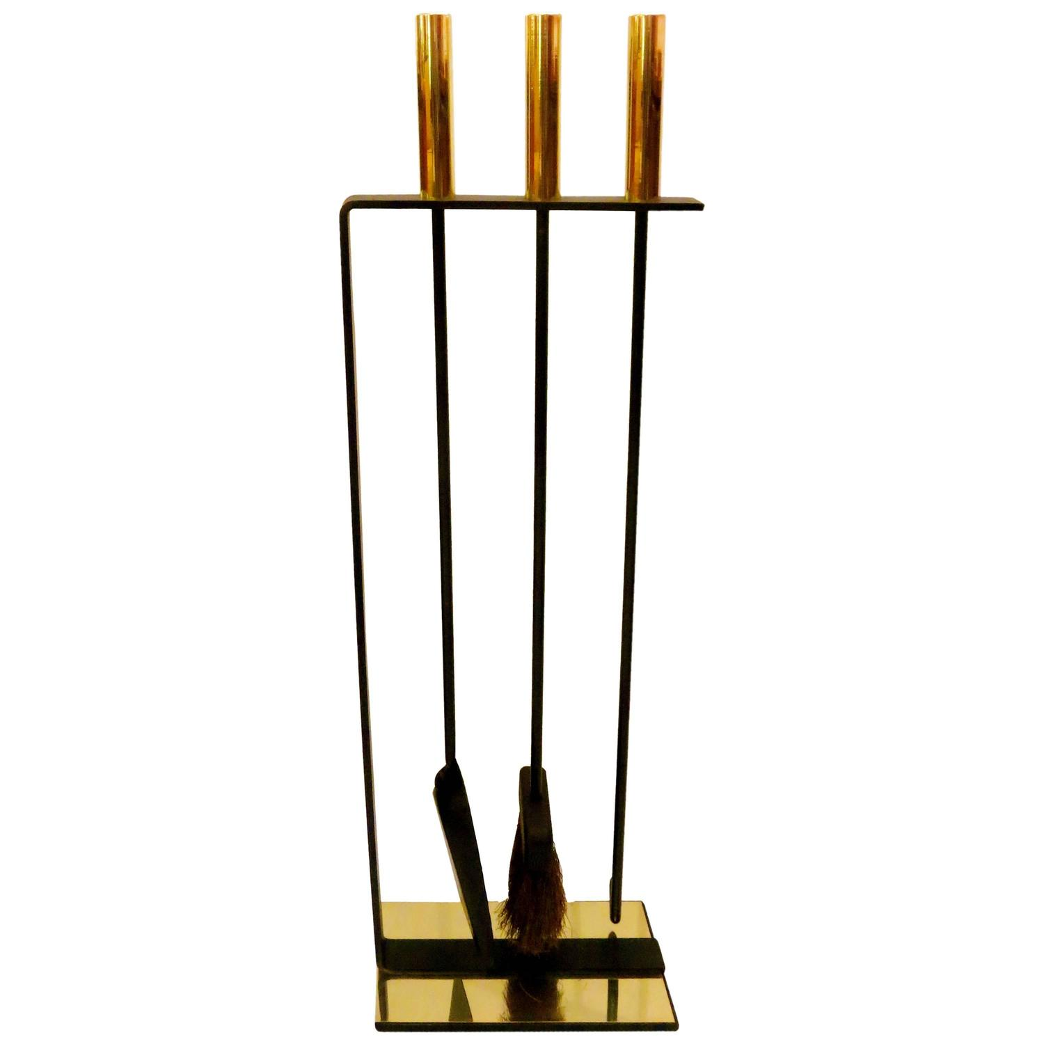 Mid Century American Modern Set Of Fireplace Tools By Pilgrim In Brass And Iron At 1stdibs