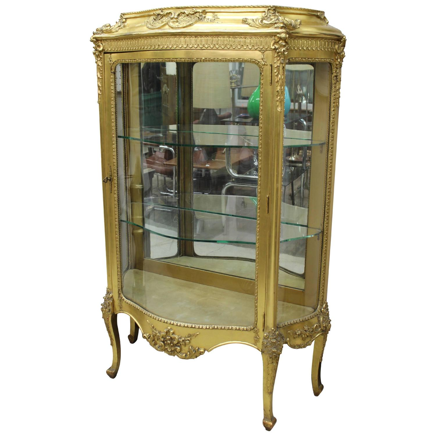 french louis xv style giltwood vitrine or display case or cabinet for sale at 1stdibs. Black Bedroom Furniture Sets. Home Design Ideas