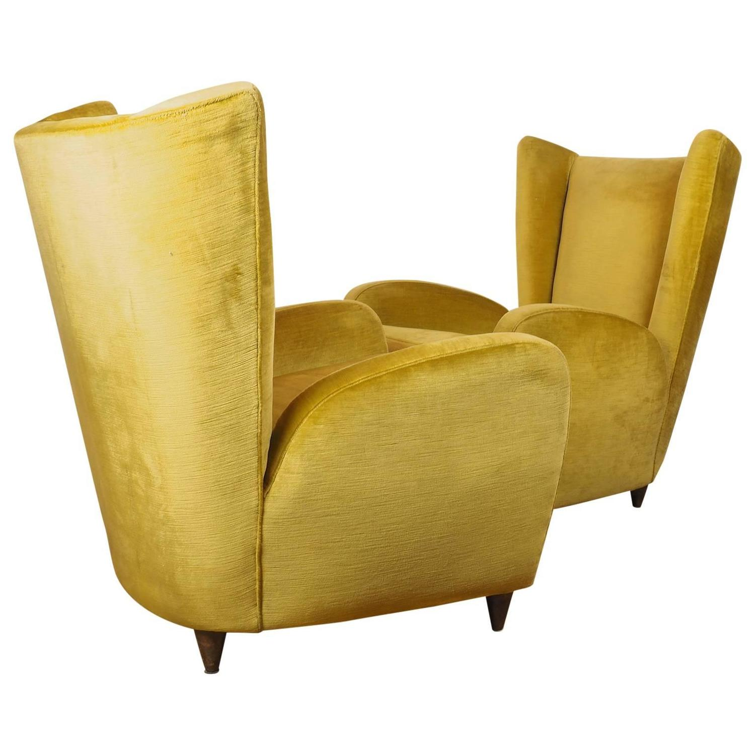 Italian Famous Lounge Chairs Designed By Paolo Buffa