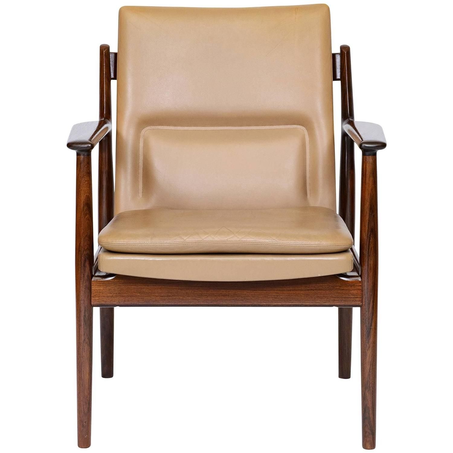arne vodder rosewood armchair at 1stdibs. Black Bedroom Furniture Sets. Home Design Ideas