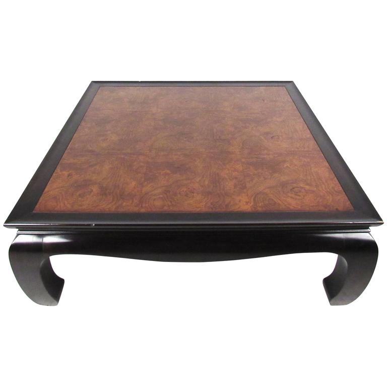 Attirant Vintage Burl Top Asian Style Cocktail Table For Sale