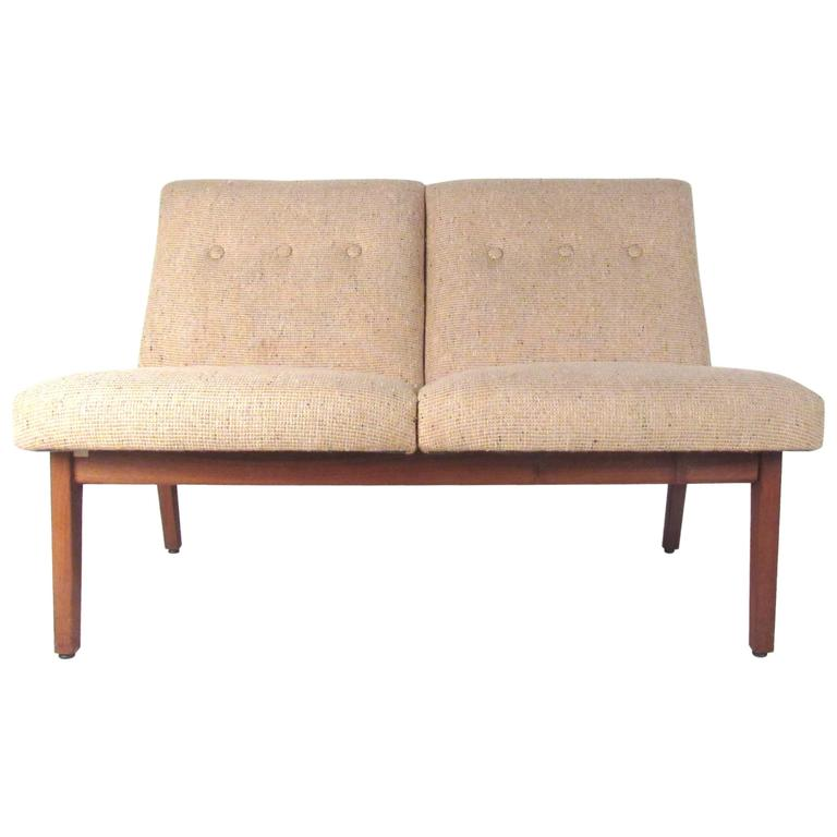 Marvelous Mid Century Modern Settee Chair By Johnson Chair Co. For Sale