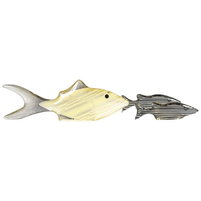 Set of 3 Midcentury Lucite Fish Designed by Brazilian Artist Abraham Palatnik For Sale