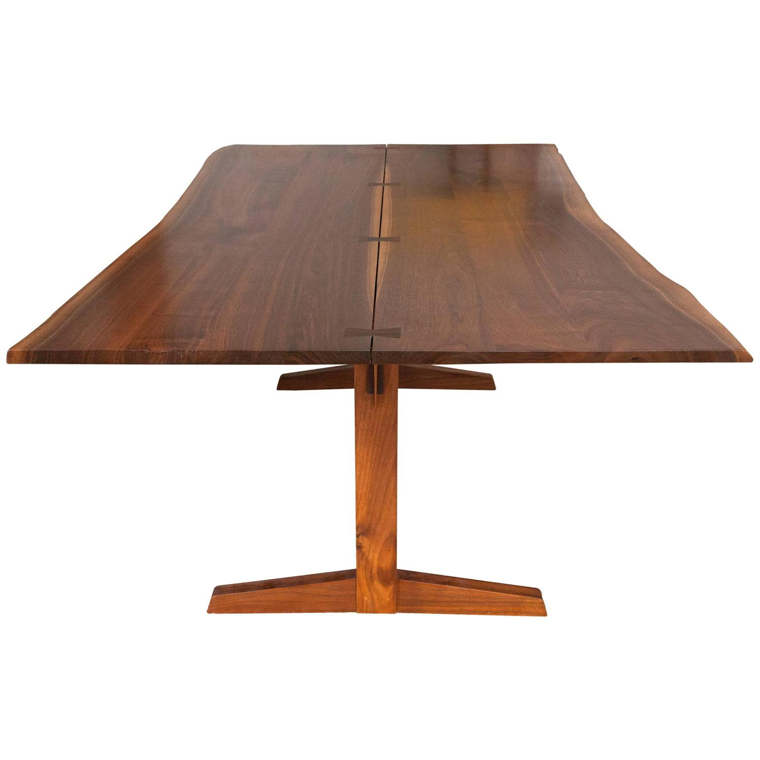 George nakashima trestle dining table with rosewood for Table joints