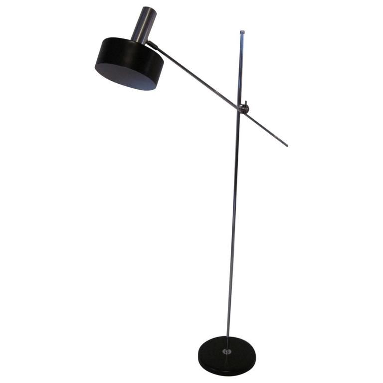 Lightolier Floor Lamp For Sale at 1stdibs