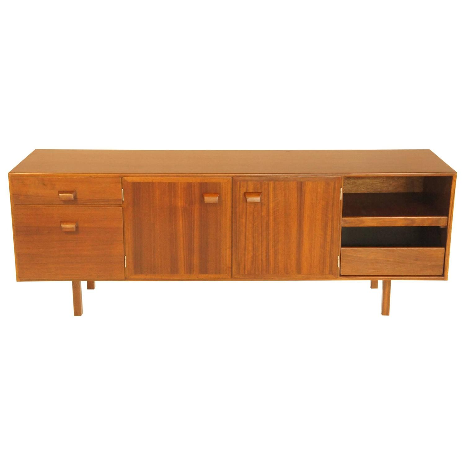 Executive blackbean buffet by jens risom at 1stdibs for Furniture of america alton modern multi storage buffet espresso