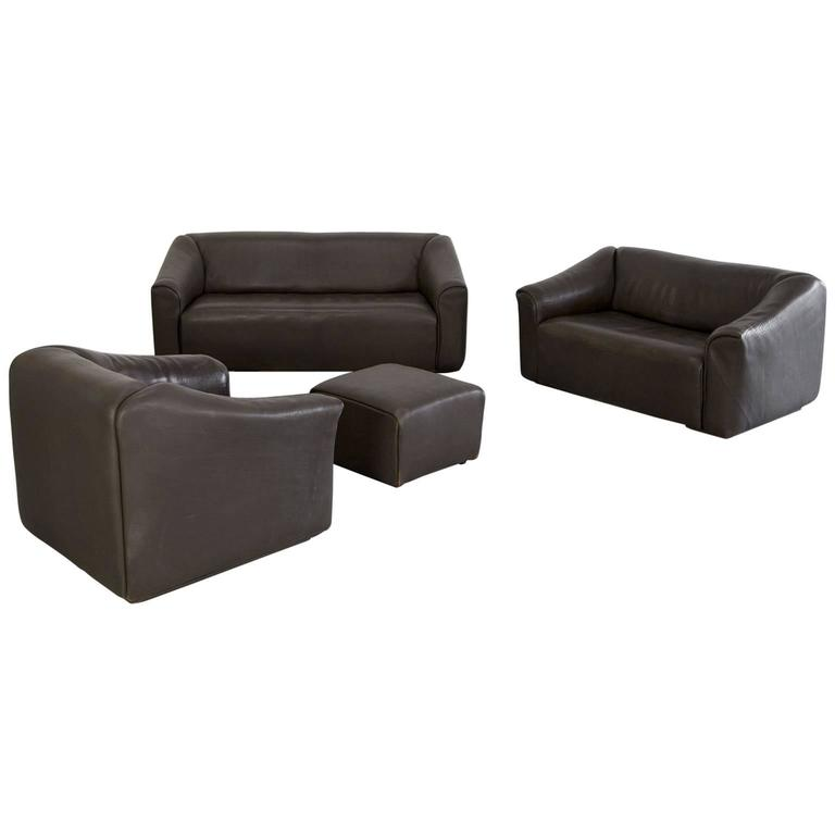 Buffalo leather lounge chair ottoman and 2 sofas ds 47 by de sede at 1stdibs Sofa bar hamburg