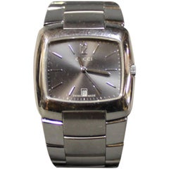 Gucci Unisex Wristwatch in Steel and Swiss Made, No. 8500m