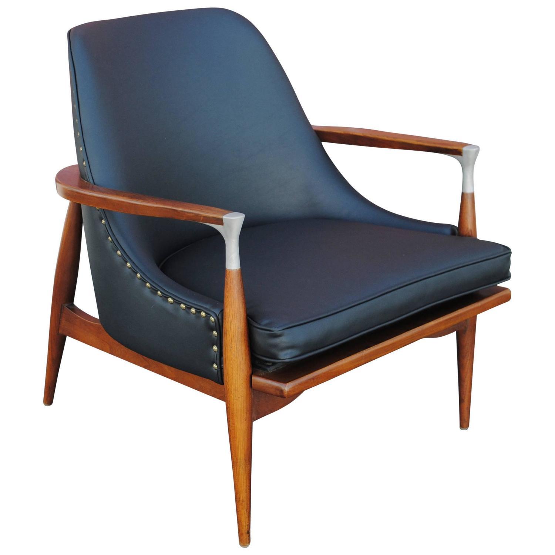 Danish Modern Lounge Chair Attributed to Ib Kofod Larsen at 1stdibs